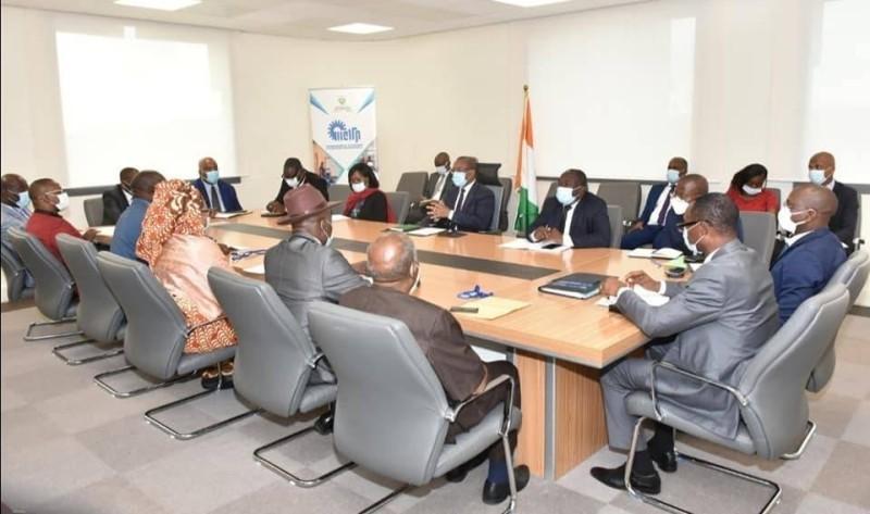 Rencontre fondateurs d'établissements privés et Brice Kouassi. (DR)