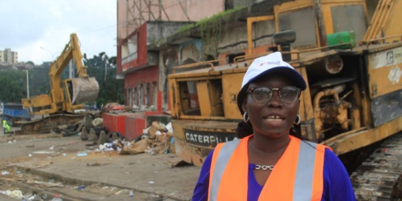 L'opération a été supervisée par Mme Coulibaly Salimata Tiégbala, coordonnateur adjoint du projet de transport urbain d'Abidjan (Ptua). (Photo : Sébastien Kouassi).