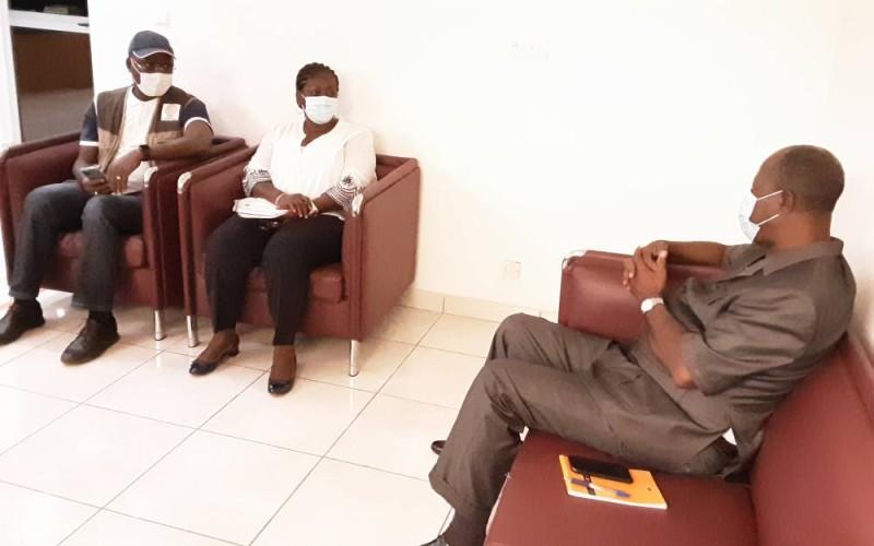Réhabilitation de l'incinérateur de l'hôpital général, le maire de Grand-Lahou a reçu une délégation du ministère de la santé.