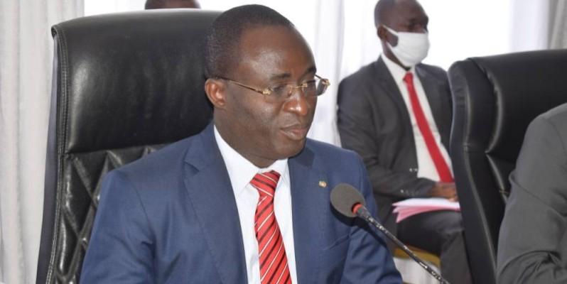 Oka Séraphin, directeur de cabinet du ministre de la Fonction publique. (DR)