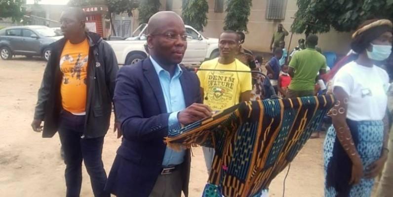 Le maire Assalé Tiémoko Antoine a annoncé que les usagers auront facilement accès à certains quartiers. (DR)