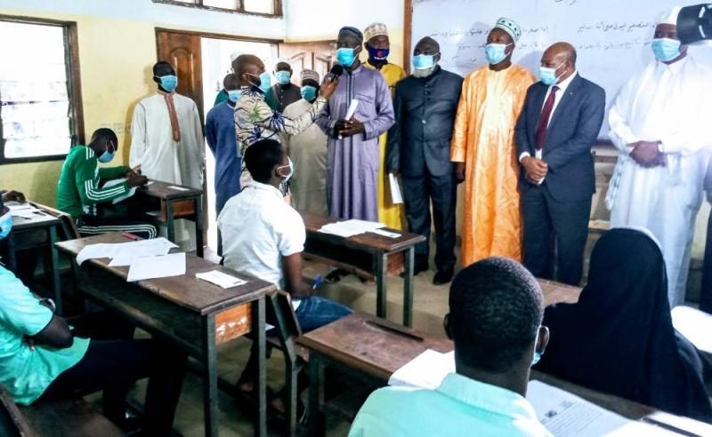 Les membres de la délégation ont encouragé et sensibilisé les candidats à ne pas tricher.(DR)