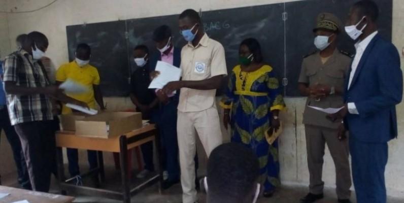 Les copies de l'épreuve de français étaient insuffisantes à Bocanda. (AIP)