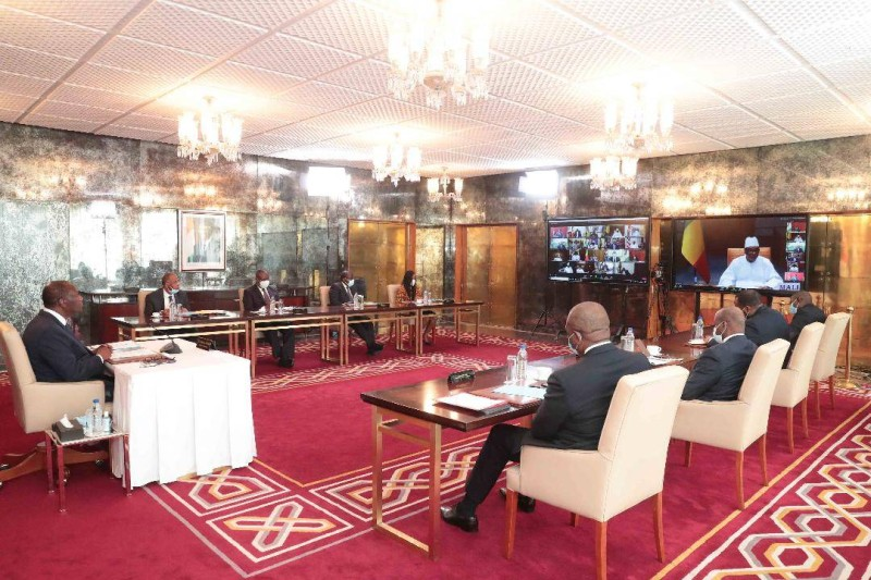 Le Chef de l'État a participé en visioconférence à un sommet extraordinaire de la cedeao en compagnie de plusieurs de ses collaborateurs. (DR)