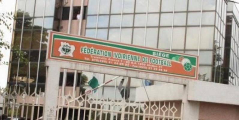 La Fédération ivoirienne de football attend les clubs pour l'enregistrement de leurs joueurs. (DR)