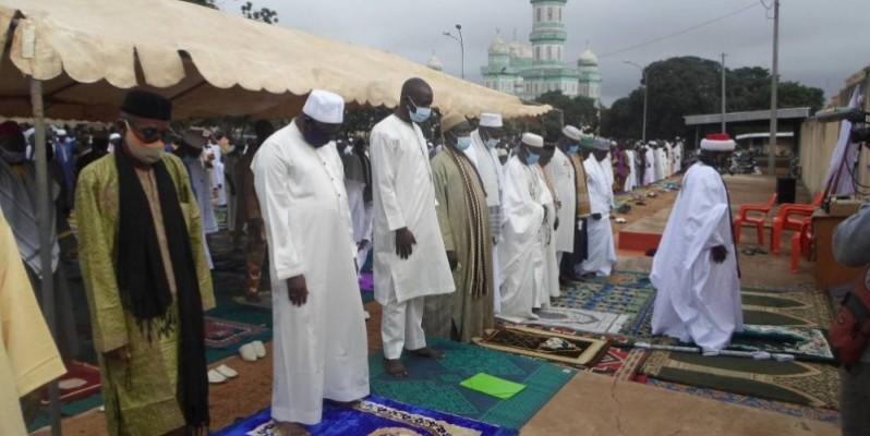 El hadj Badjawari Touré, imam de la grande mosquée de Bouaké, a invité les politiciens à se départir de la violence. (DR)