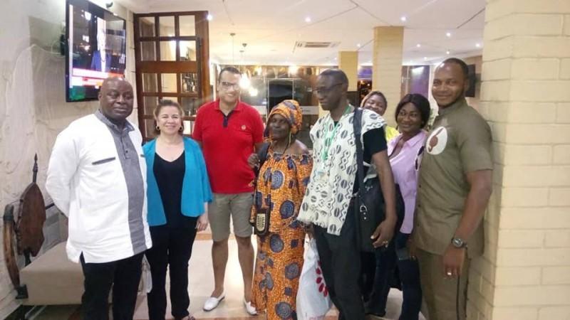 Ardiouma Soma (extrême gauche) lors de son passage à Abidjan à l'occasion du Festilag 2018. (DR)