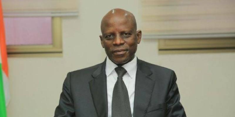 professeur Adama Diawara, ministre de l'Enseignement supérieur et de la Recherche scientifique. (DR)