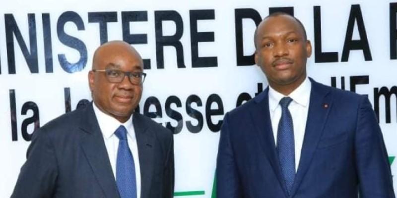 Idriss Diallo (à gauche) et le ministre Mamadou Touré, après la séance de travail. (Dr)