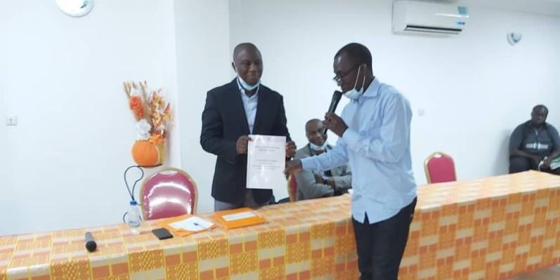 Le candidat Sory Diabaté profite du déconfinement du Grand Abidjan pour présenter son projet aux clubs de l'intérieur. (DR)