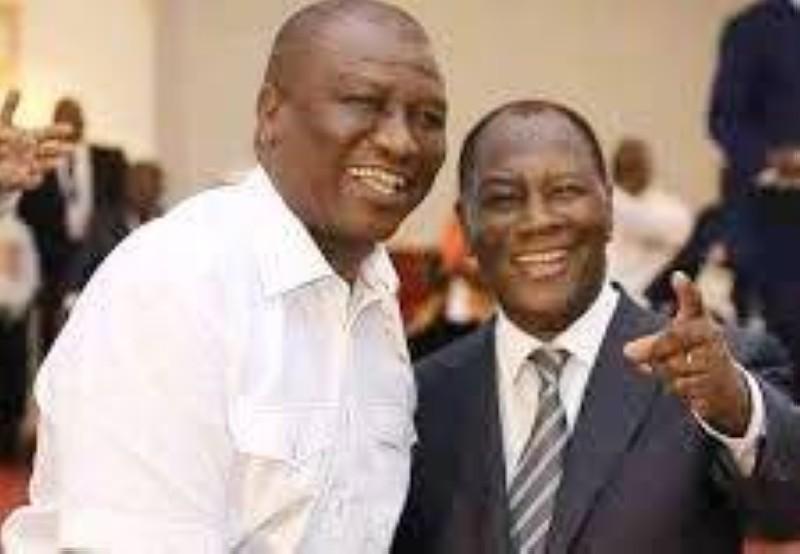 Le Premier ministre Hamed Bakayoko (à gauche) et le Président Alassane Ouattara. (DR)