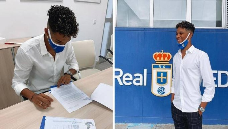 Etienne Etoo s'engage avec le Real Oviedo. (DR)