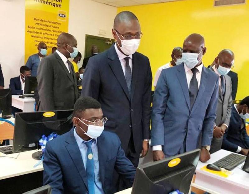La Fondation Mtn-Ci a offert une salle multimédia équipée à l'Institut national polytechnique Houphouët-Boigny de Yamoussoukro. (DR)