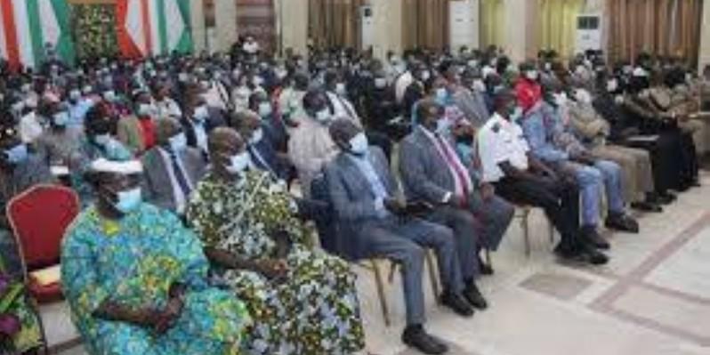 L'inspecteur général d'État, Ahoua N'Doli Théophile, superviseur général du comité l'organisation, a reçu la coordination régionale des enseignants Rhdp du Moronou. (DR)