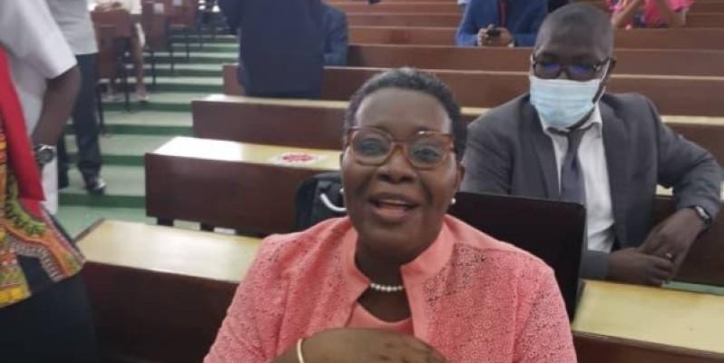 Dr Agnès Gnammon-Adiko a été déclarée admise avec la mention ''très honorable'' au diplôme de Docteur d'Etat ès-Sciences Humaines, avec les félicitations du jury.(DR)