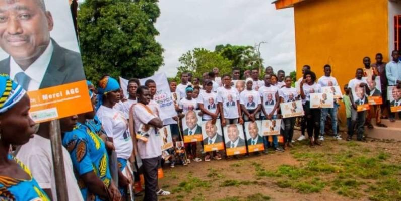 Les populations de Gbémazo prient pour le repos de l'âme d'Amadou Gon Coulibaly. (DR)
