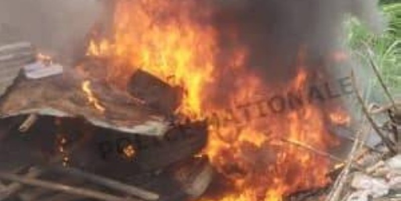 Des fumoirs incendiés à Yopougon. (DR)