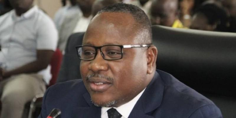 Coulibaly Kuibiert, président de la Cei, a passé la main à Koné Mamadou, président du Conseil constitutionnel pour l'examen des dossiers. (Dr)