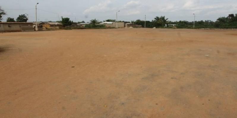 Baptisé Ehoumi Kpatasso (la place des esprits, Ndlr), le grand espace où est célébrée la fête des ignames a aussi besoin d'être embelli dans la perspective d'en faire un site touristique. (Photos: Véronique Dadié)