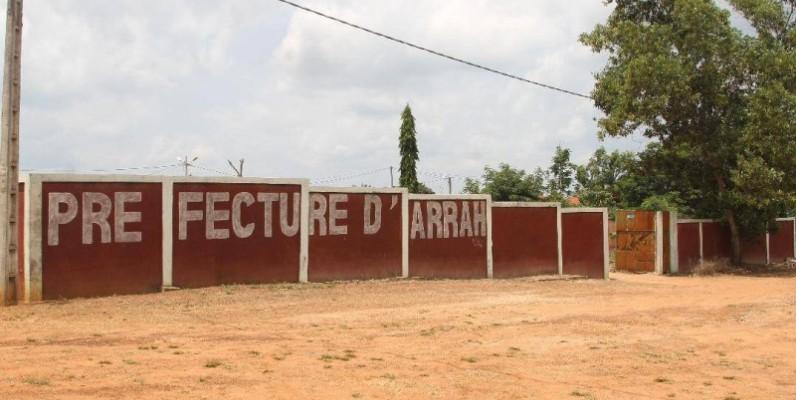 La préfecture provisoire d'Arrah, en attendant un autre édifice digne du département. (Photos : Véronique Dadié)