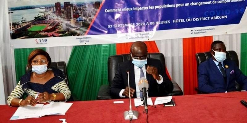 Des maires du district d'Abidjan formés par le ministère de la Communication. (DR)