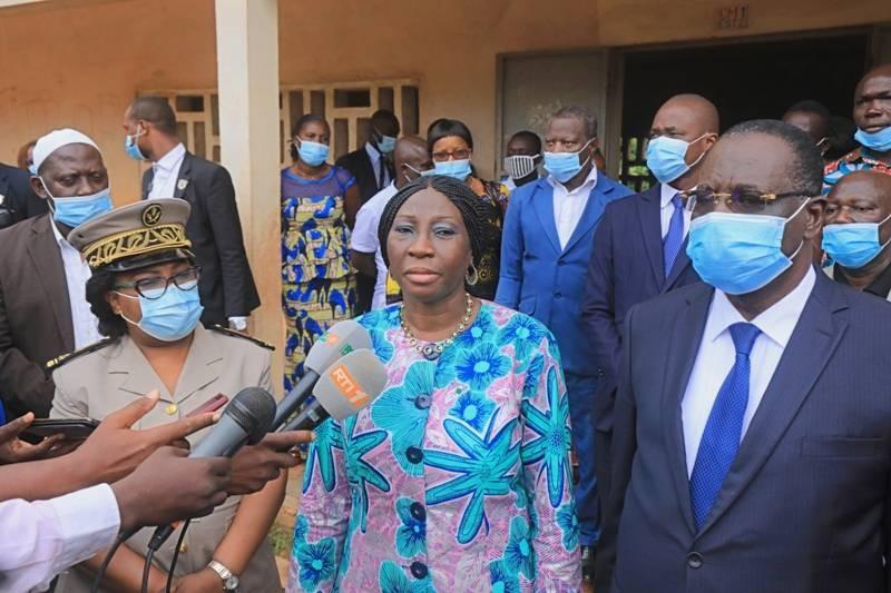 Le ministre Kandia Camara a lancé officiellement la rentrée scolaire 2020-2021 à Bongouanou. (DR)
