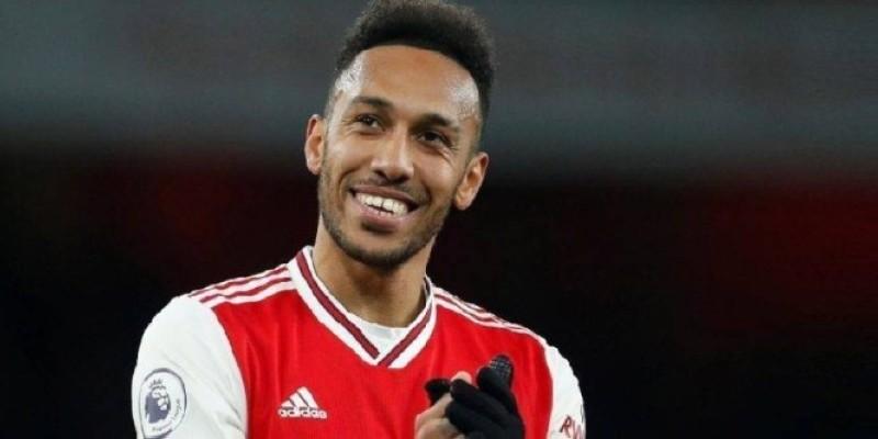 L'attaquant gabonais Pierre-Emerick Aubameyang reste à Arsenal. (DR)