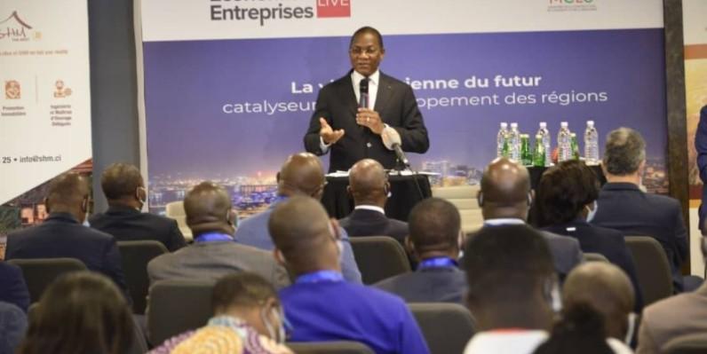 Bruno Nabagné Koné, ministre de la Construction, du Logement et de l'Urbanisme, explique la politique ivoirienne d'urbanisation. (DR)