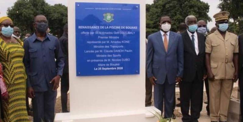 Les autorités présentes à la cérémonie ont tenu à immortaliser l'événement. (DR)