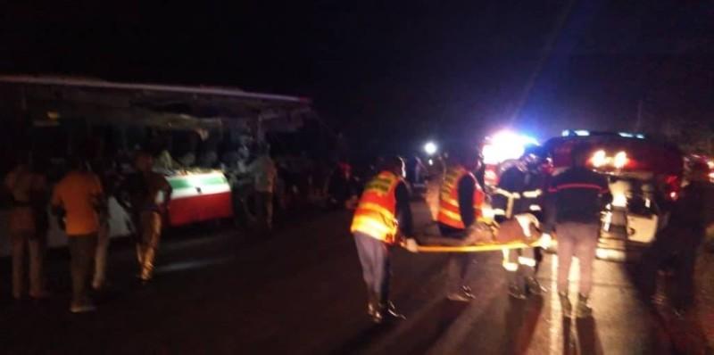 Les sapeurs-pompiers sur les lieux de l'accident. (Dgpn)