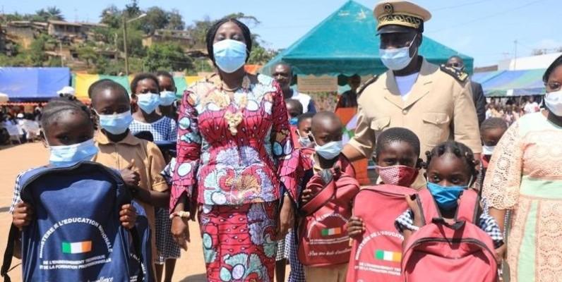 Le lancement officiel de l'opération de distribution de kits scolaire a eu lieu cette année à Sassandra. DR