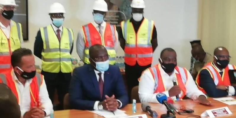 Les ministres Kobenan Kouassi Adjoumani et Souleymane Diarrasouba ont partagé les ambitions du gouvernement pour la transformation du cacao. DR