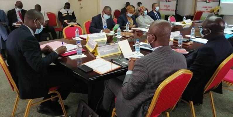L'atelier a réuni une dizaine de participants issus de l'Inspection générale et de différents ministères (DR).