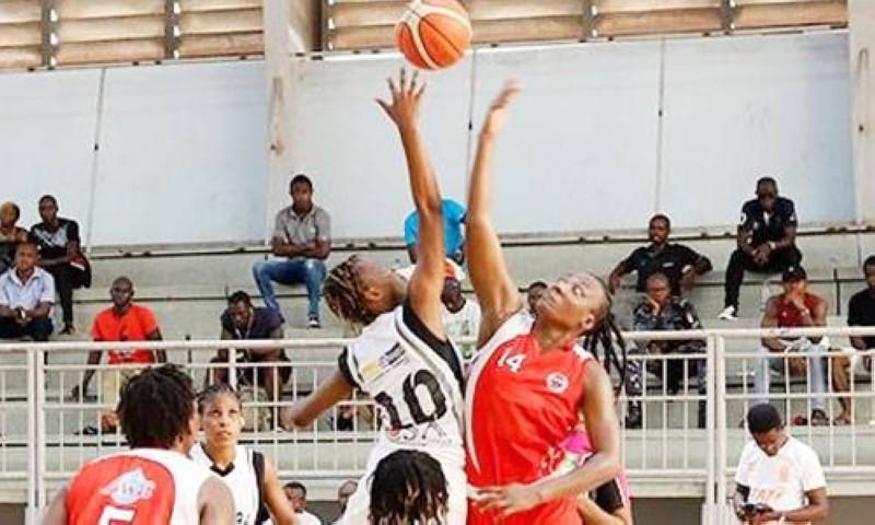 Après plusieurs mois de suspension le basket-ball reprend ses droits au Palais des sports de Treichville. (DR)