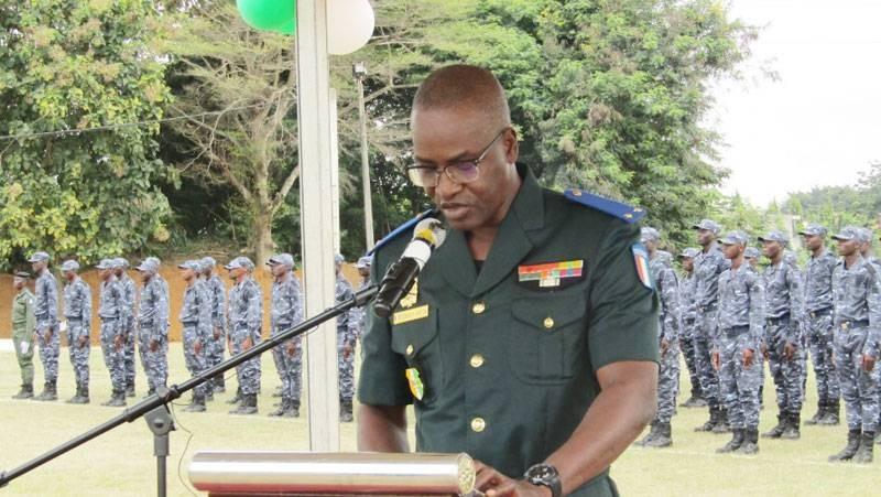 Le Cemat a insisté sur la discipline en s'adressant aux récipiendaires. (DGPN)