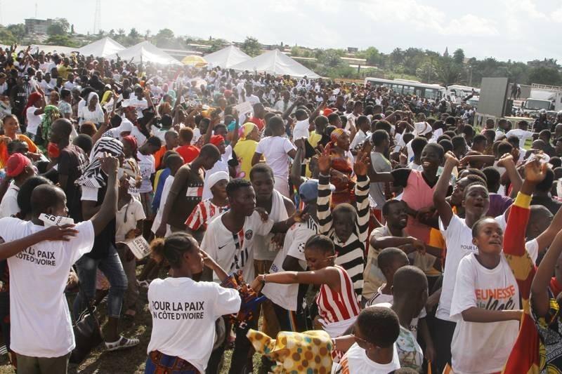 Des milliers de jeunes se sont donnés rendez-vous pour célébrer la paix (Véronique Dadié)