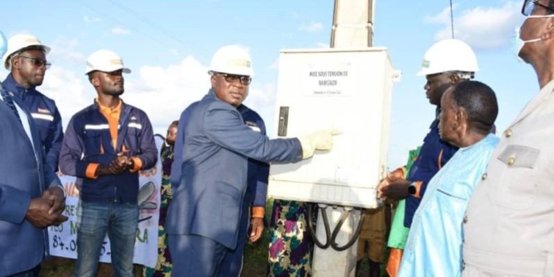 Le ministre Issa Coulibaly, à travers cet acte, a confié que le Chef de l'État veut redistribuer les fruits de la croissance. (Dr)
