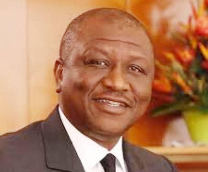 C'est l'ambassadeur de Côte d'Ivoire en France, Maurice Bandaman, représentant le Premier ministre, qui a réceptionné la distinction. (Dr)