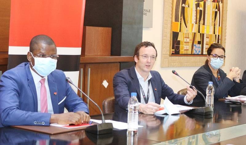 Le directeur général, Aymeric Villebrun (au milieu) est satisfait des performances de sa banque en dépit du coronavirus. (DR)