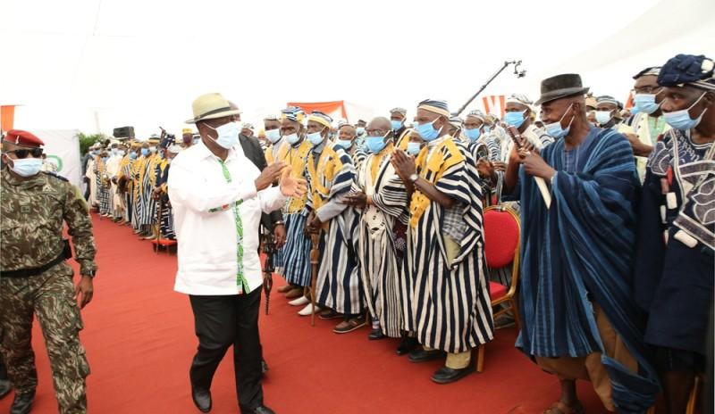 Les chefs traditionnels du Tonkpi, du Cavally et du Guémon ont salué les actions de développement de Ouattara dans leurs régions. (Photos : Poro dagnogo)