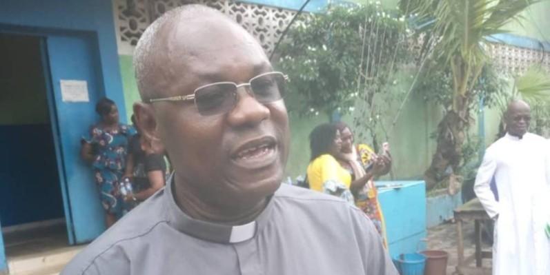 Père Hervé Yodé nouveau directeur général de la radio nationale catholique (Dr)