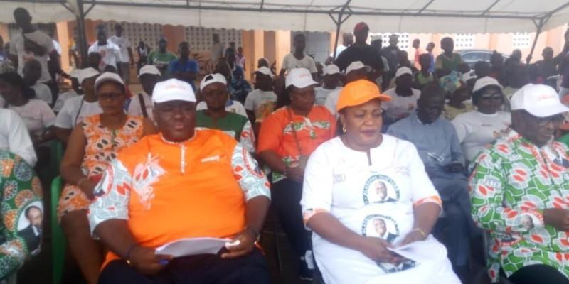 Le délégué départemental Rhdp (en casquette) a réussi le pari de la mobilisation autour de la candidature du Président Ouattara. (Dr)