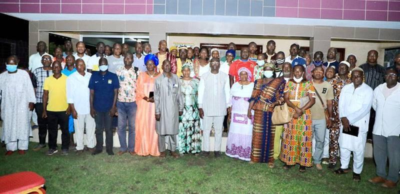 Le ministre Félix Anoblé, directeur régional de campagne du Rhdp à San Pedro, a eu une séance de travail avec les différents délégués. (Dr)