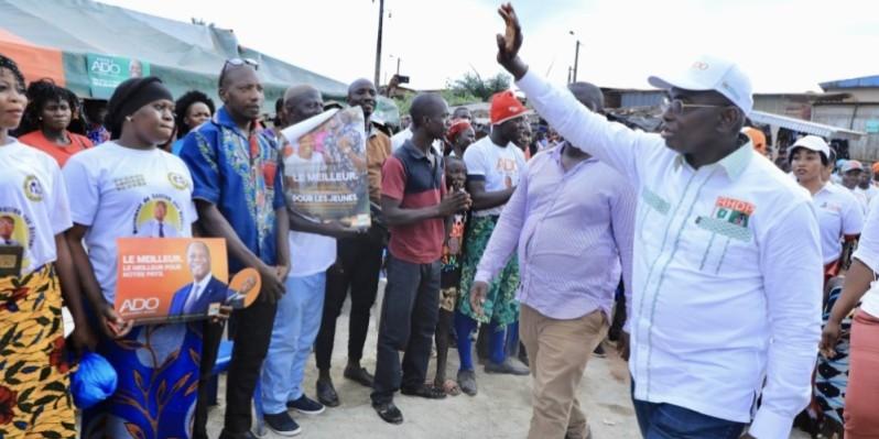 L'équipe de campagne du Rhdp conduite par Félix Anoblé ratisse large pour le candidat Alassane Ouattara dans la région de San Pedro. (Dr)