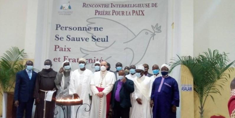 Les guides religieux ont prié pour la paix en Côte d'Ivoire. (Marie-Ange Akpa)