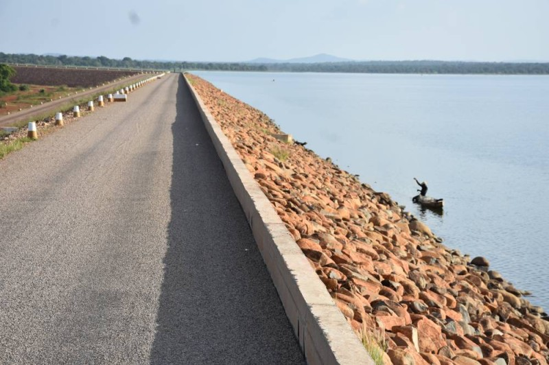 Le barrage hydro-électrique et agricole de Samendeni. (Dr)