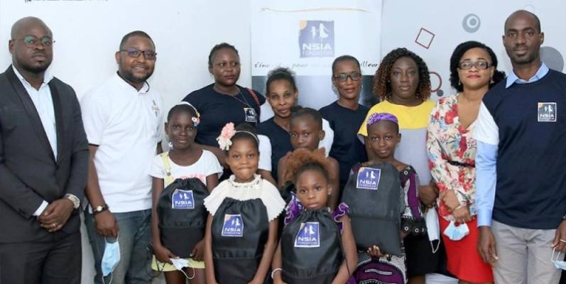 Des kits ont été symboliquement remis à quelques enfants. (Dr)