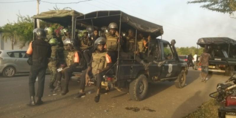 Plusieurs cargos des forces de défense et de sécurité ont procédé à la levée des barrages en vue de la sécurisation de l'axe Béoumi-Bouaké. (Dr)