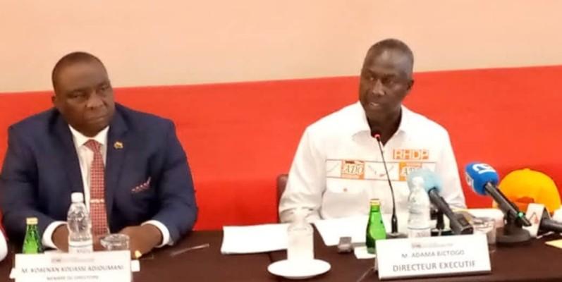 Adama Bictogo, directeur exécutif du Rhdp (à droite) et le porte-parole principal Kobenan Kouassi Adjoumani, au cours de la rencontre. (Dr)