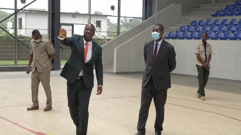Moussa Sanogo, ministre du Budget et du Portefeuille de l'État, a visité le Centre de taekwondo Alassane Ouattara. (Dr)